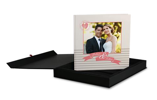 CEWE darilna škatla za fotoknjigo