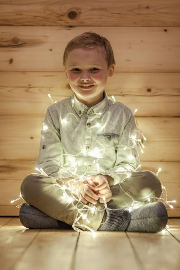 Ovit v pisane lučke, božična fotografija