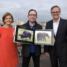 CEWE FOTOKNJIGA in njen avtor ter predstavniki podjetja CEWE