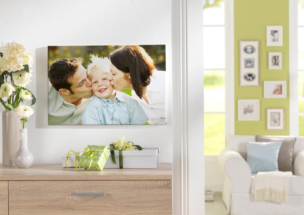 stenski dekor - fotoplatno z družinskim portretom