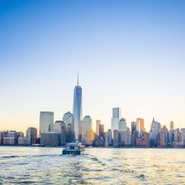 New York - skyline, ladjica